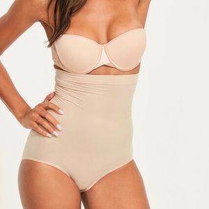 NIB SPANX Higher Power Panties Nude Large